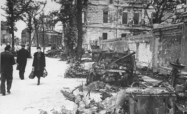 Секс о военом 1945 годох