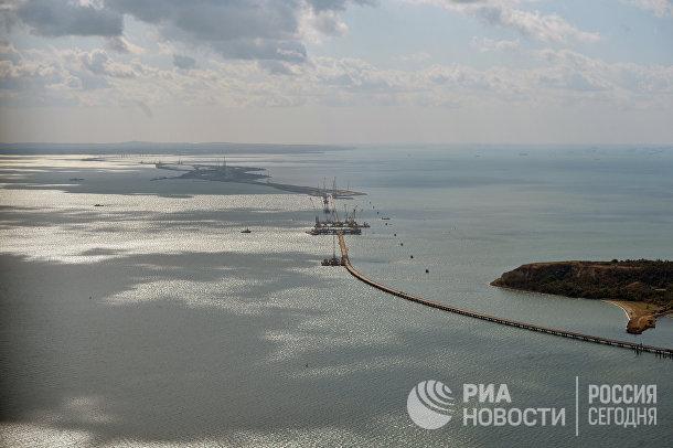 Рабочая поездка президента РФ В. Путина и премьер-министра РФ Д. Медведева в Южный федеральный округ