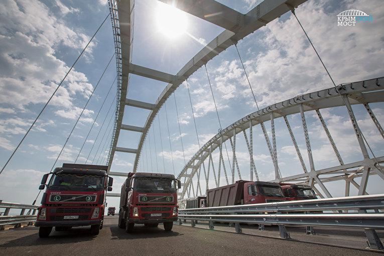 Приемочные испытания автодорожной части Крымского моста