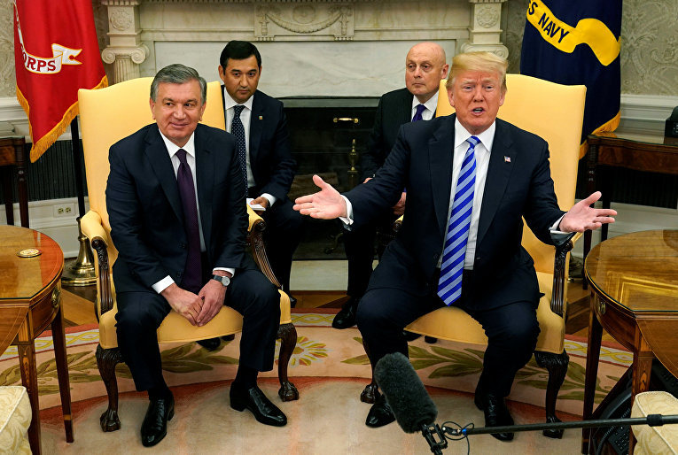 Президент США Дональд Трамп и президент Узбекистана Шавкат Мирзиеев