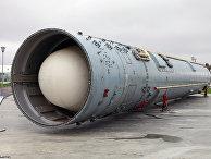 Межконтинентальная баллистическая ракета шахтного базирования 15А35 / УР-100Н УТТХ / РС-18Б в транспортно-пусковом контейнере 15Я54
