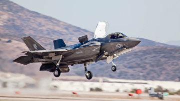 Американский истребитель F-35 «Молния II»