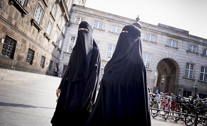 Женщины в никабах в Скандинавии
