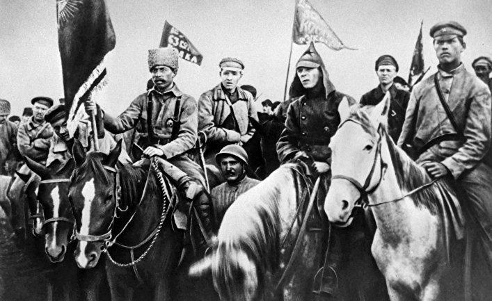 Бойцы 1-й Конной армии Буденного на Южном фронте под Майкопом. 1920 год
