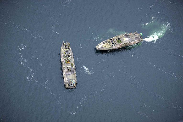 Малые ракетные корабли ВМФ Швеции ведут поиски подводной лодки в районе Стокгольмского архипелага