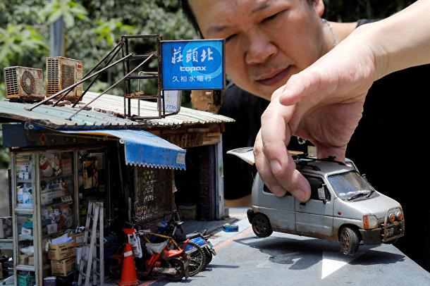 Создатель миниатюрных моделей тайваньский художник Хэнк Чэнг