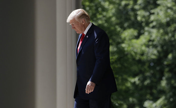Президент США Дональд Трамп в розовом саду Белого дома в Вашингтоне