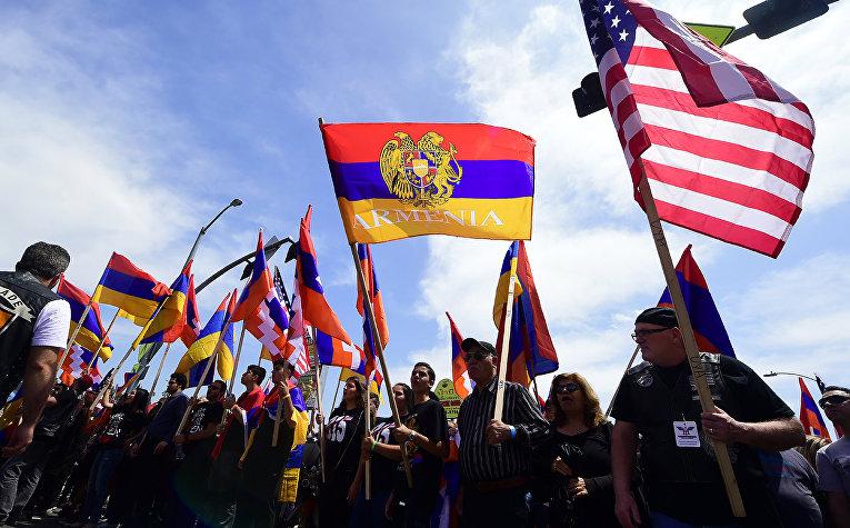 Демонстрация американских армян в Голливуде, штат Калифорния, США