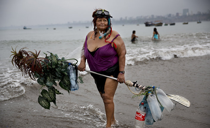 Очистка Тихого океана от мусора в районе Большого мусорного пятна
