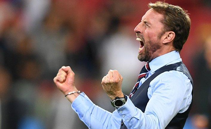 Главный тренер сборной Англии Гарет Саутгейт радуется победе в матче 1/8 финала чемпионата мира по футболу между сборными Колумбии и Англии.