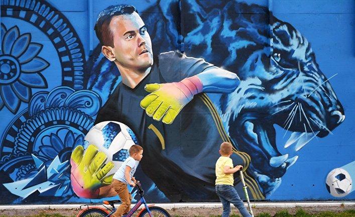 Граффити с изображением вратаря сборной России по футболу Игоря Акинфеева в Щелково