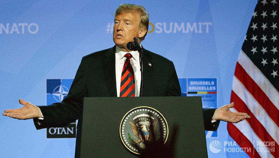 Президент США Дональд Трамп на саммите НАТО в Брюсселе