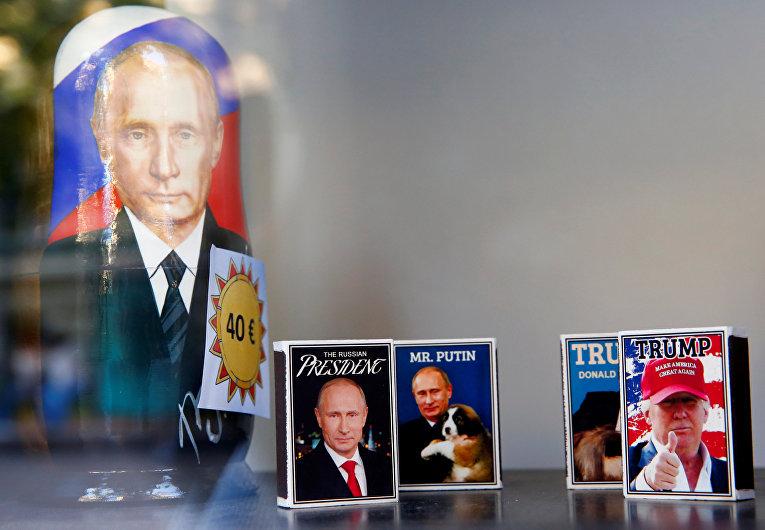 Спичечные коробки с портретами Владимира Путина и Дональда Трампа, Хельсинки, Финляндия
