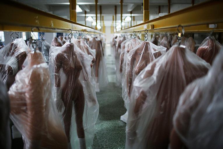 Производство секс-кукол в Китае