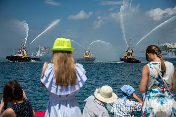Репетиция парада ВМФ врегионах России