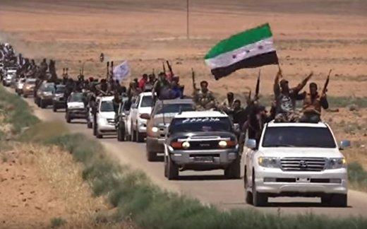 Военный парад сирийской оппозиции в Деръа