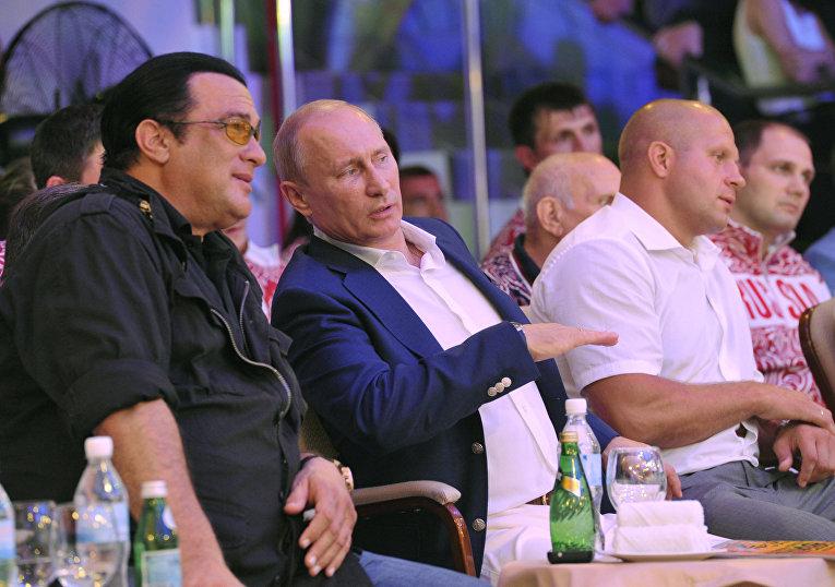 В.Путин на первом чемпионате РФ по смешанным боевым искусствам