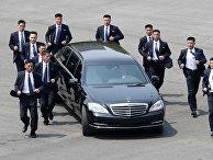 Лидер КНДР Ким Чен Ын возвращается впосле встречи с президентом Южной Кореи Мун Чжэ Ином