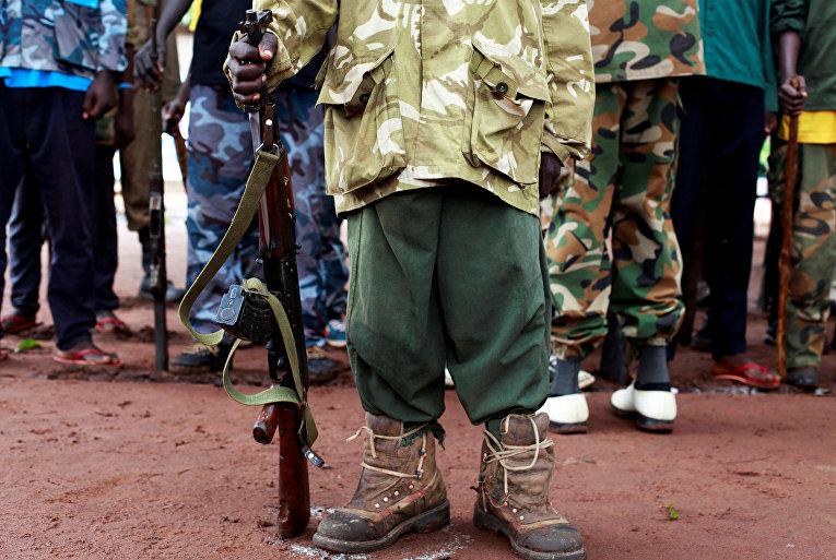 Освобожденный ребенок-солдат в Судане