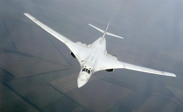 Советский сверхзвуковой стратегический бомбардировщик Ту-160