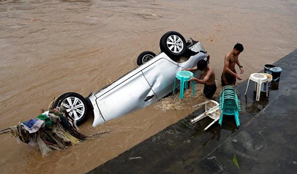 Наводнение в филиппинском городе Манила