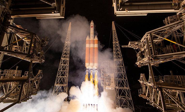 Запуск ракеты «Дельта-4» на мысе Канаверал, штат Флорида