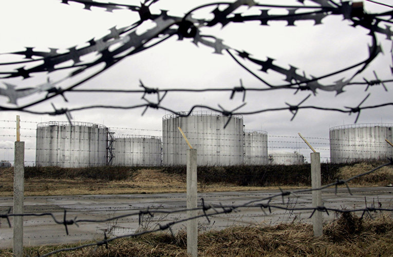 Нефтехранилища нефтепровода «Дружба» в городе Новополоцк, Белоруссия