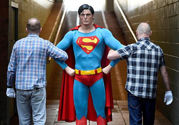 Костюм супермена из фильмов о супергерое 1978 и 1980 годов