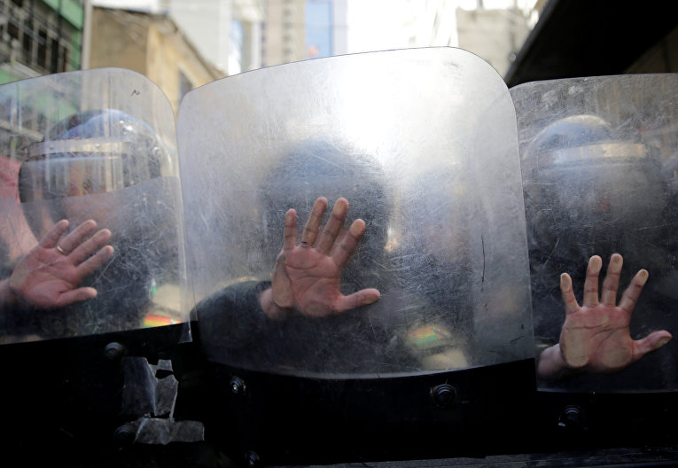 Столкновения с полицией городе в Ла-Пас, Боливия