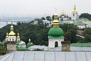 Страна (Украина): шаг к захвату храмов и разделу лавры