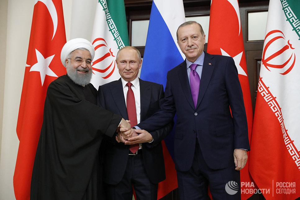 Владимир Путин, президент Ирана Хасан Рухани и президент Турции Реджеп Тайип Эрдоган во время встречи. 22 ноября 2017