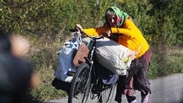 """Ситуация в районе пропускного пункта """"Станица Луганская"""" в Донбассе"""