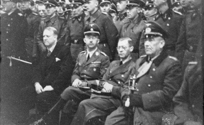 Видкун Квислинг, Генрих Гиммлер, Йозеф Тербовен и Николаус фон Фалькенхорст в 1941 году