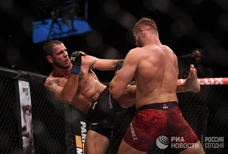 Абсолютный бойцовский чемпионат в Москве
