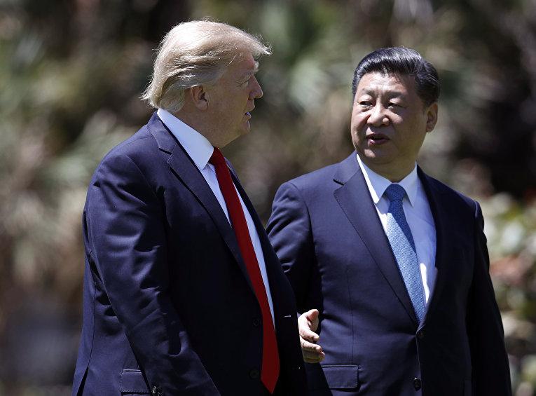 Дональд Трампа и Си Цзиньпин после встречи в Мар-а-Лаго