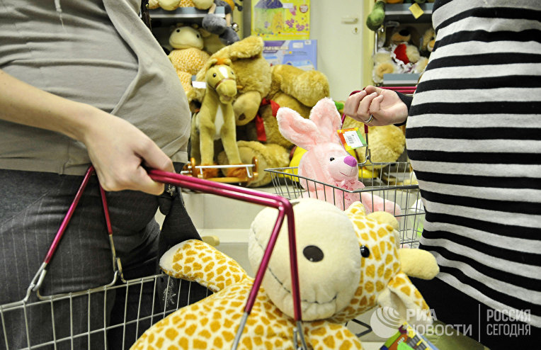 В магазине, где продаются товары для детей, в Великом Новгороде