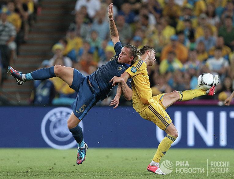 Игровой момент матча сборных Украины и Франции. Архивное фото