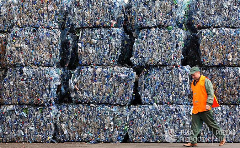 Мир без пластика: чем страшны пакеты и стаканчики, и как без них обойтись?