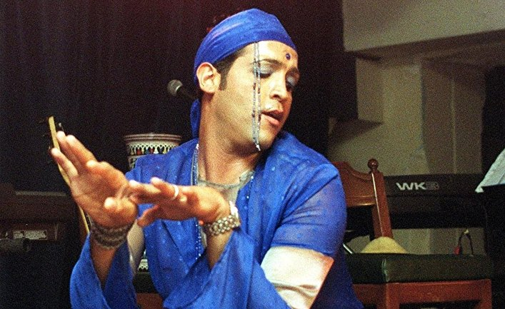 Ливанский танцор Мосбах Баалбаки