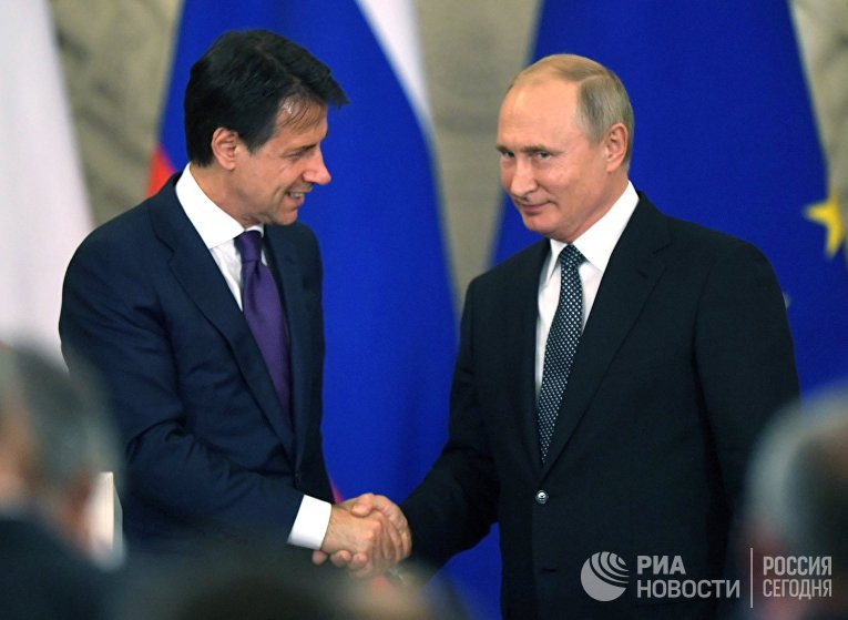 Встреча президента РФ В. Путина с премьер-министром Италии Дж. Конте