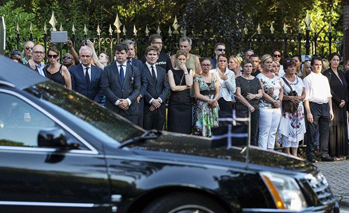 Родственники погибших в авиакатастрофе на Украине