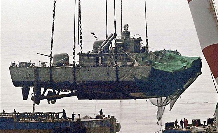 """Подъем южнокорейского судна """"Чхонан"""""""