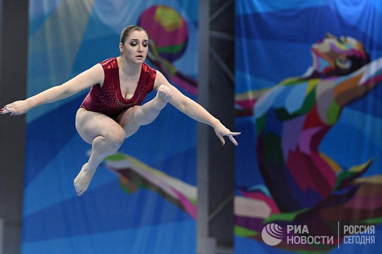 Возвращение гимнастки А. Мустафиной в спорт