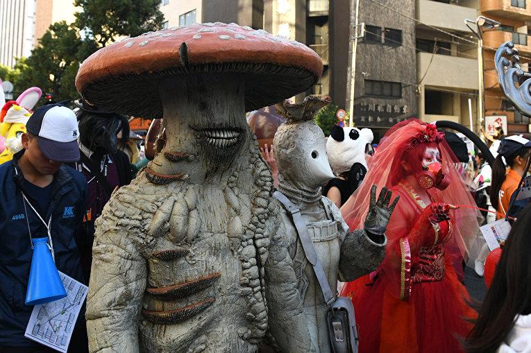 Участники парада в Кавасаки, Япония