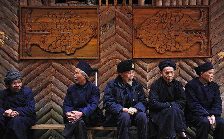 Представители народности Миао в первый день праздника «Гузанг»