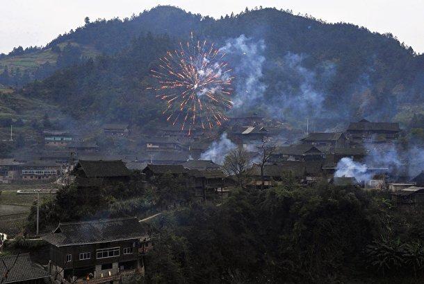 Фейерверк в первый день праздника «Гузанг»