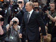 Владимир Путин с журналистами после окончания прямого эфира программы «Прямая линия»