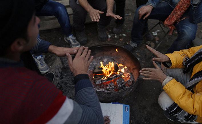 Мигранты в сербском городе Суботица рядом с границей с Венгрией