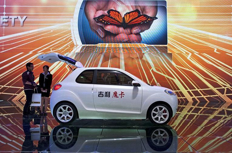 Автомобиль Geely McCar на автосалоне в Шанхае