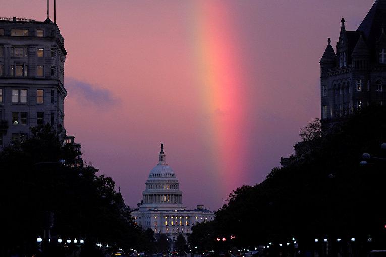 Радуга над Капитолием в день промежуточных выборов в Вашингтоне